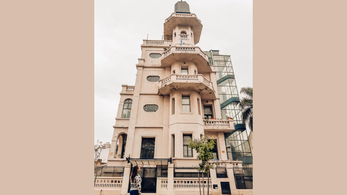 PALACIO DE LOS BICHOS: VILLA DEL PARQUE Y SUS FANTASMAS