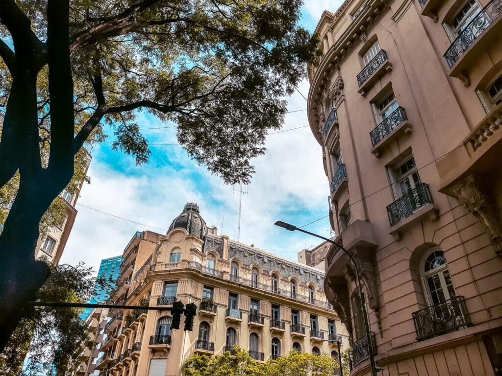 RETIRO: UNA DE LAS JOYAS DE BUENOS AIRES