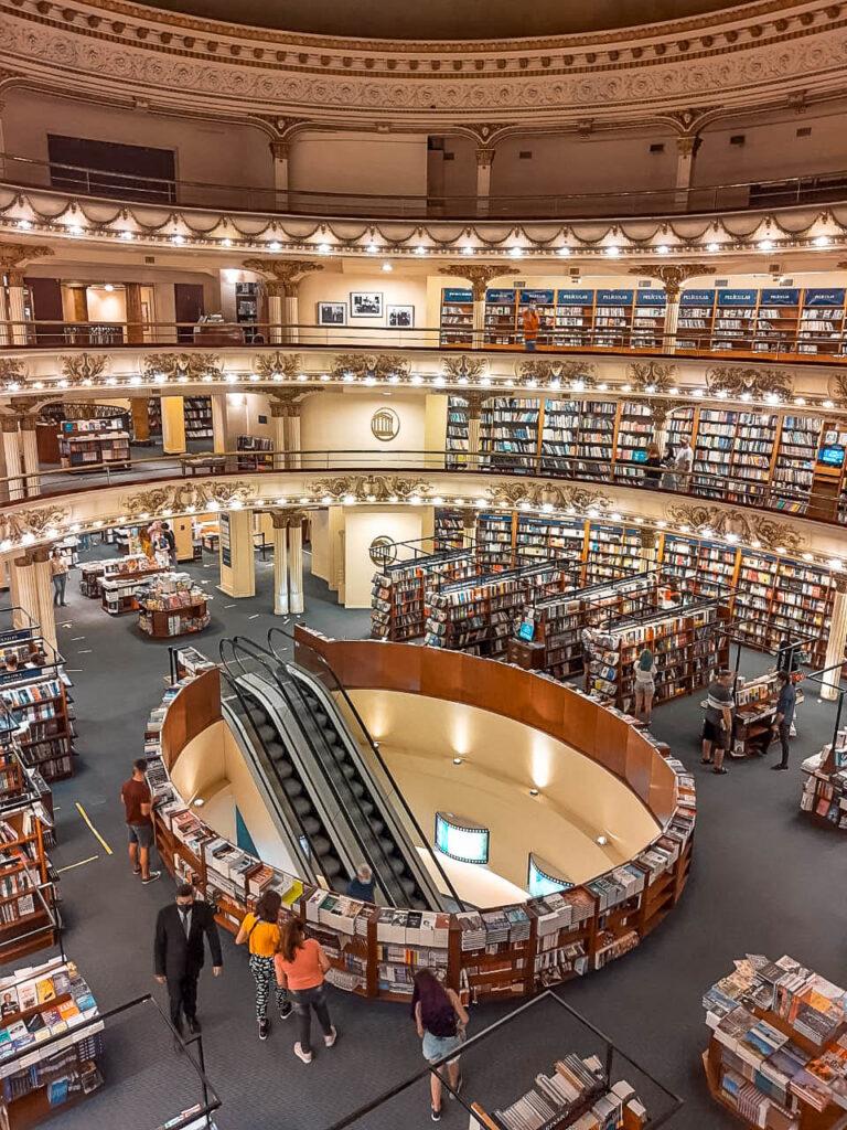 una de las la librerías más lindas del mundo está en Buenos Aires