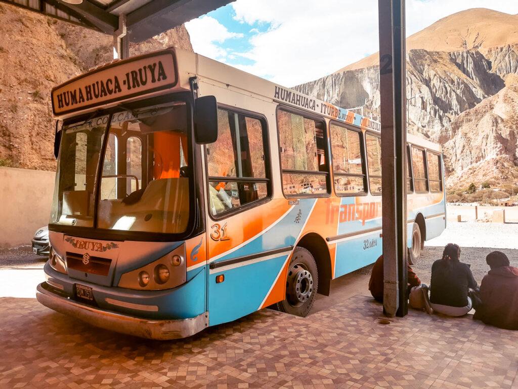 ¿Cómo ir en bus de Humahuaca a Iruya?